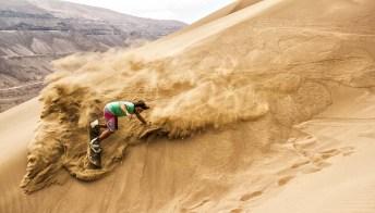 Dal Marocco a Dubai, lo snowboard si fa sulle dune di sabbia