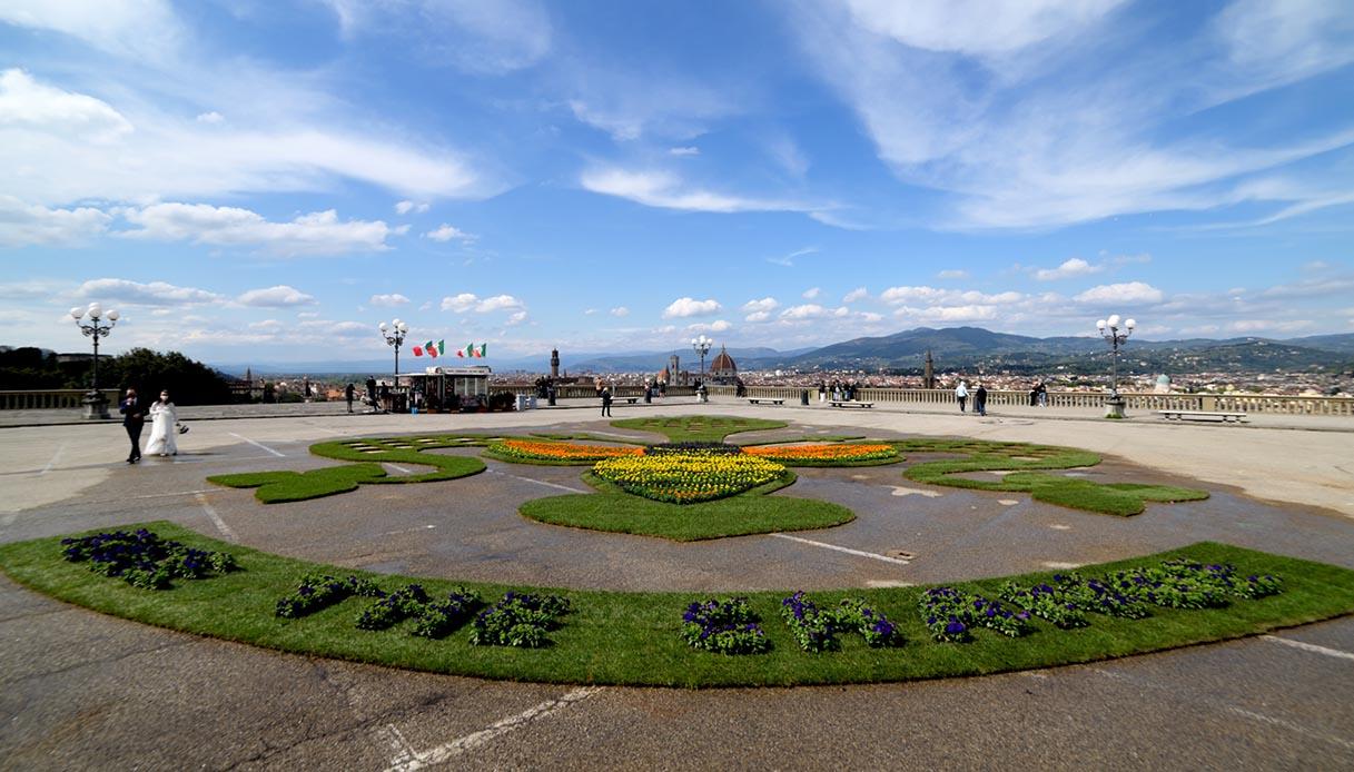 Installazione su piazzale Michelangelo, Firenze