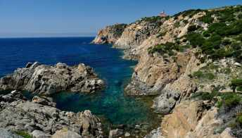 Dormire nei fari in Sardegna, una vacanza indimenticabile