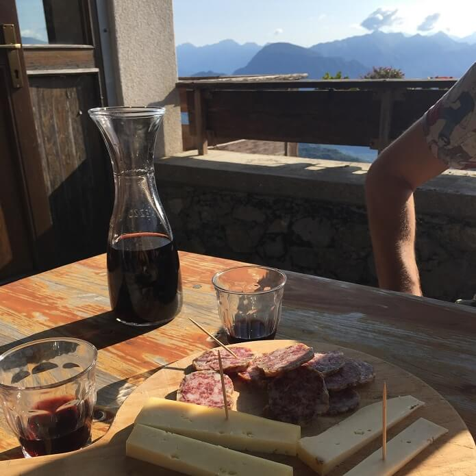 salame vino rosso formaggio malga cuar
