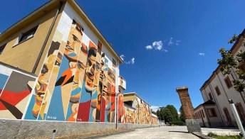 C'è un quartiere museo a Milano che racconta sui muri la storia della città
