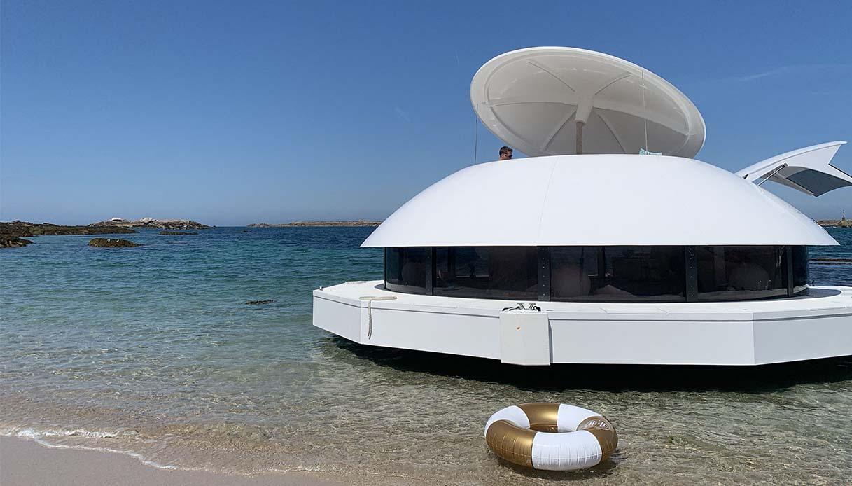 Luxury Eco-Hotel Suite