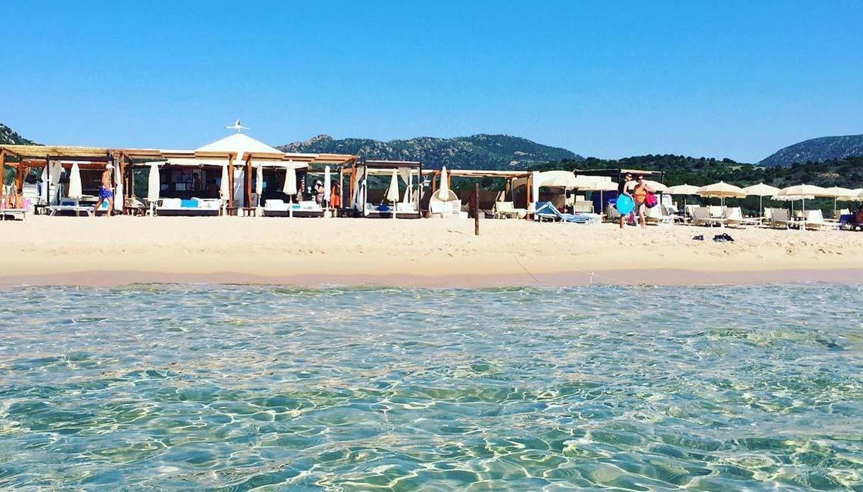 Arveskida Beach