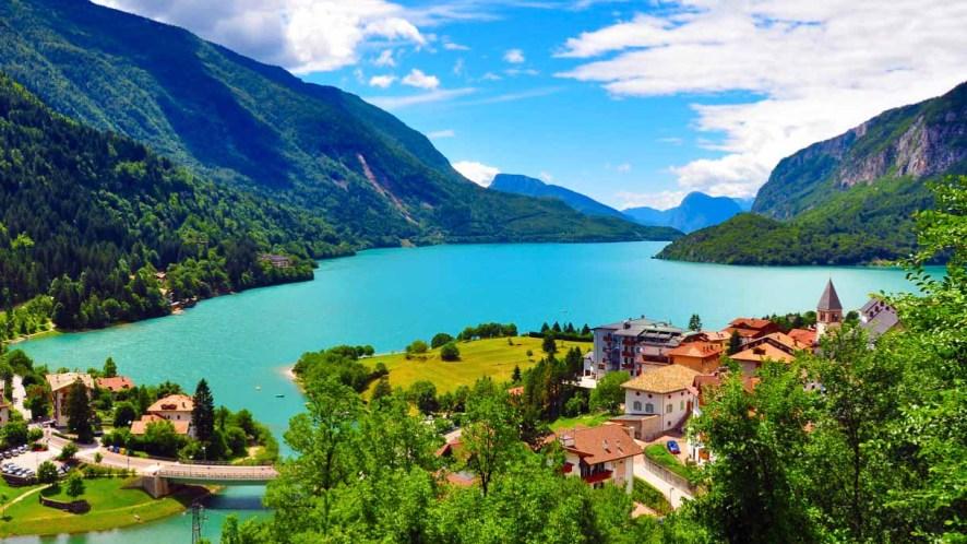Il lago italiano, bellissimo e pluripremiato, che non tutti conoscono