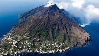 Isole Eolie, 10 foto per un viaggio indimenticabile