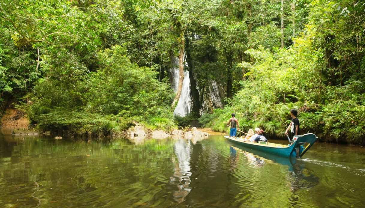 cascata-Batang-Ai-sarawak