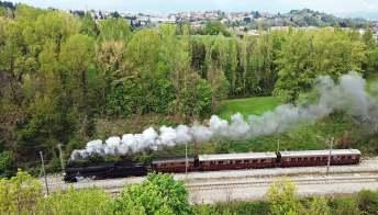 Col treno a vapore tra i laghi della Lombardia