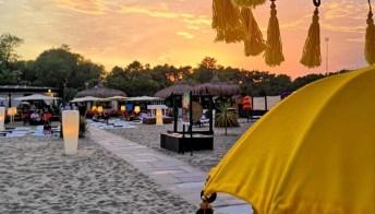 Tra cabine colorate e tramonti infuocati: i lidi più instagrammabili d'Italia