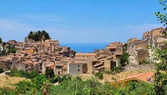 Gratteri il borgo vista mare nel cuore delle Madonie