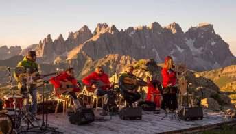 """""""I suoni delle Dolomiti"""", i concerti all'ombra del Patrimonio Unesco Trentino"""