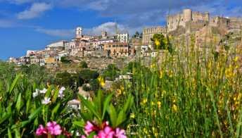 Santa Severina, il borgo calabrese che paga chi ci si trasferisce