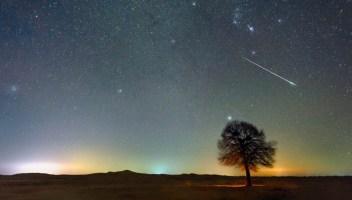 Tutti a testa in su: in arrivo le scintillanti meteore di luglio