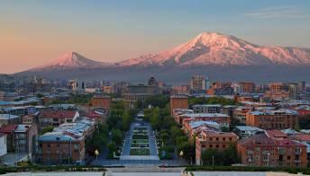 Erevan, l'origine misteriosa della Città Rosa dell'Armenia