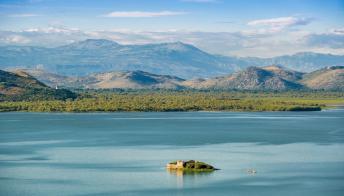 Il mistero dell'isola di Grmozur, l'Alcatraz al largo di Podgorica