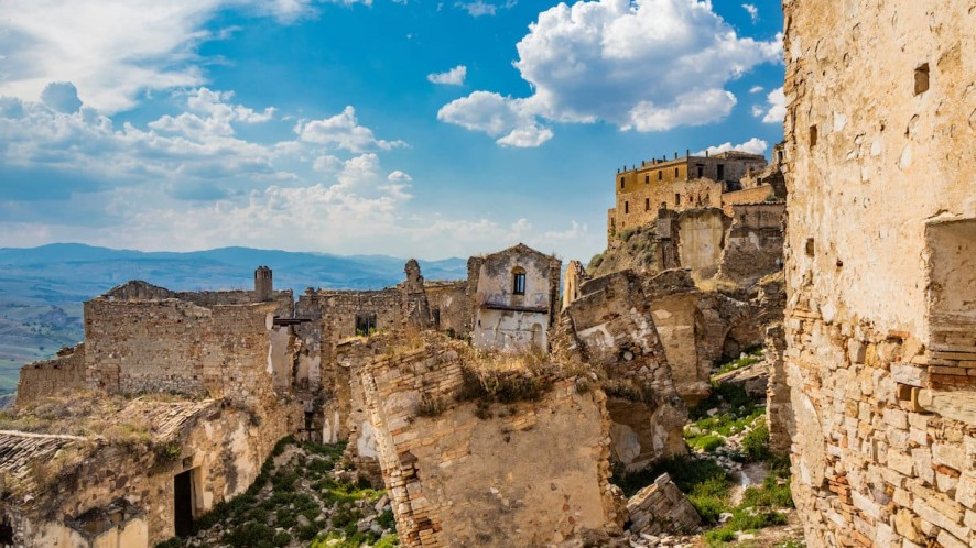 I borghi fantasma italiani da visitare a settembre