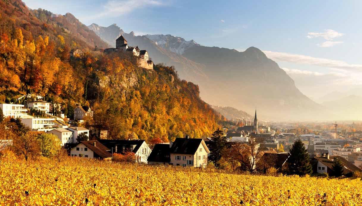 Castello_in_Vaduz_in_autunno