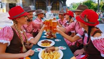 Gardaland si trasforma in Monaco di Baviera con l'Oktoberfest