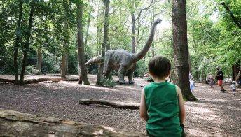 50 dinosauri hanno invaso Londra. E non sono intenzionati a fermarsi