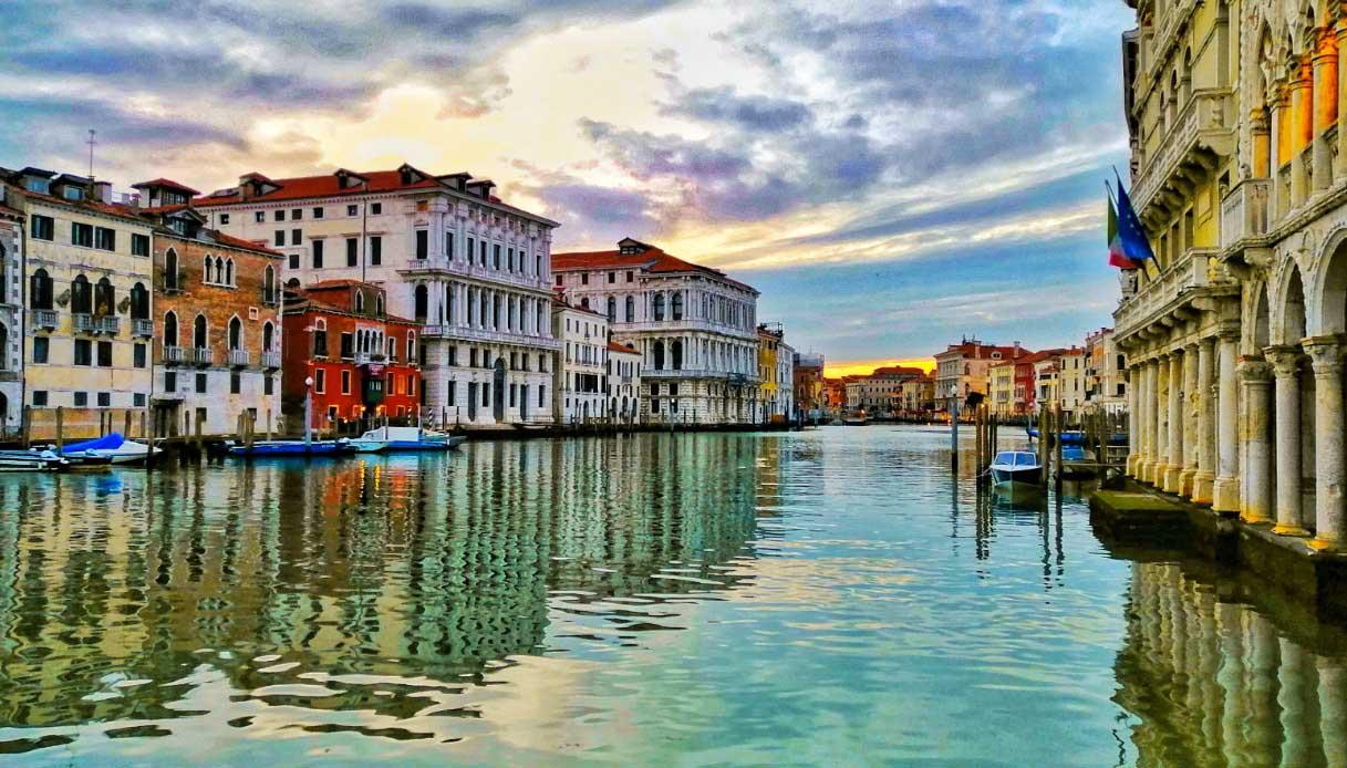 canale venezia fermata della barca Ca' d'oro