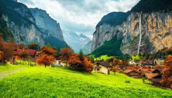 Foliage, in Svizzera si segue la mappa dei colori autunnali
