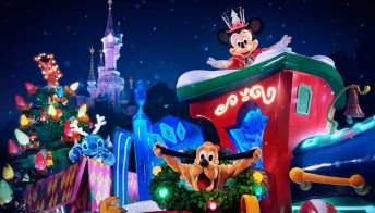 Disneyland Paris e il magico show di Natale