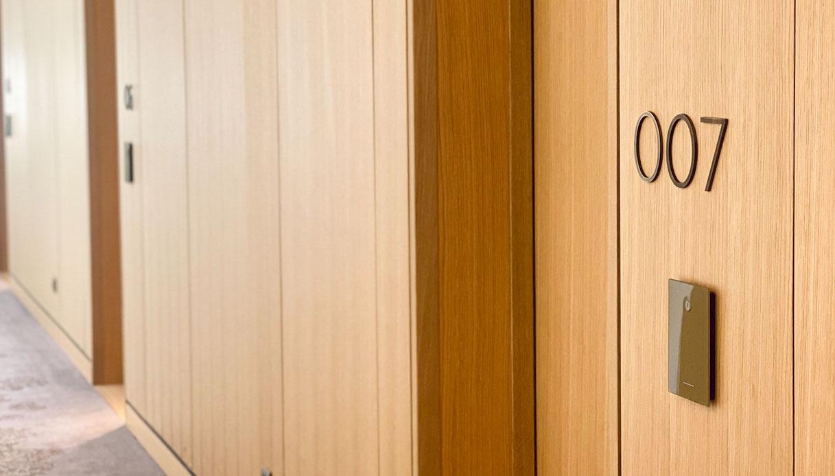 007 Royal Junior Suite, Royal Champagne Hotel & Spa