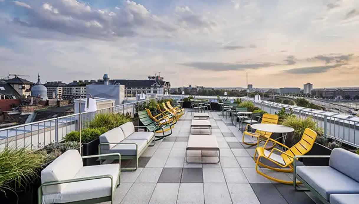 bb-hotel-budapest-city-rooftop