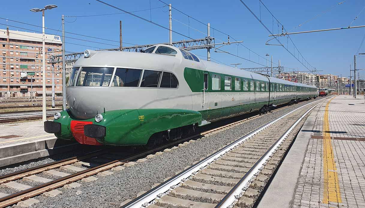 Il treno Arlecchino restaurato